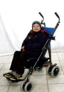 fokeev-nikita-foto-na-invalidnoj-kolyaske-1
