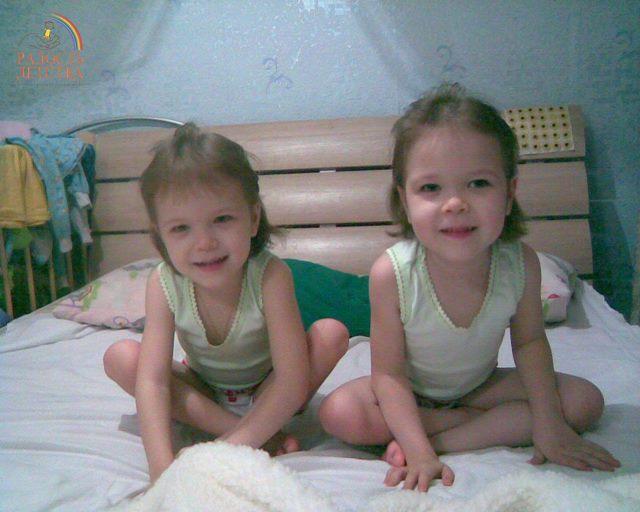 smallЕжова Александра и Дарья (4)